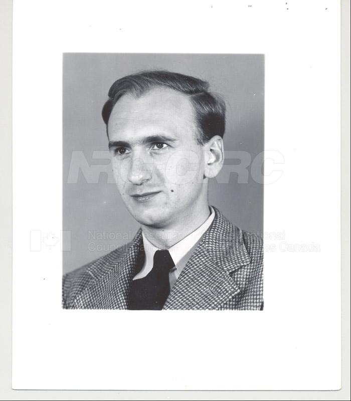 B's 1948-54 007