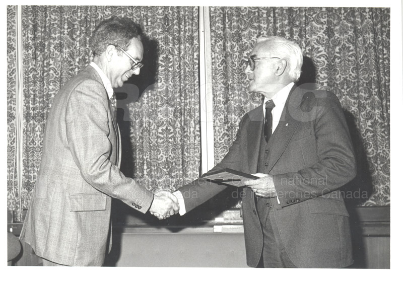 25 Year Service Plaques Presentations 1981 028