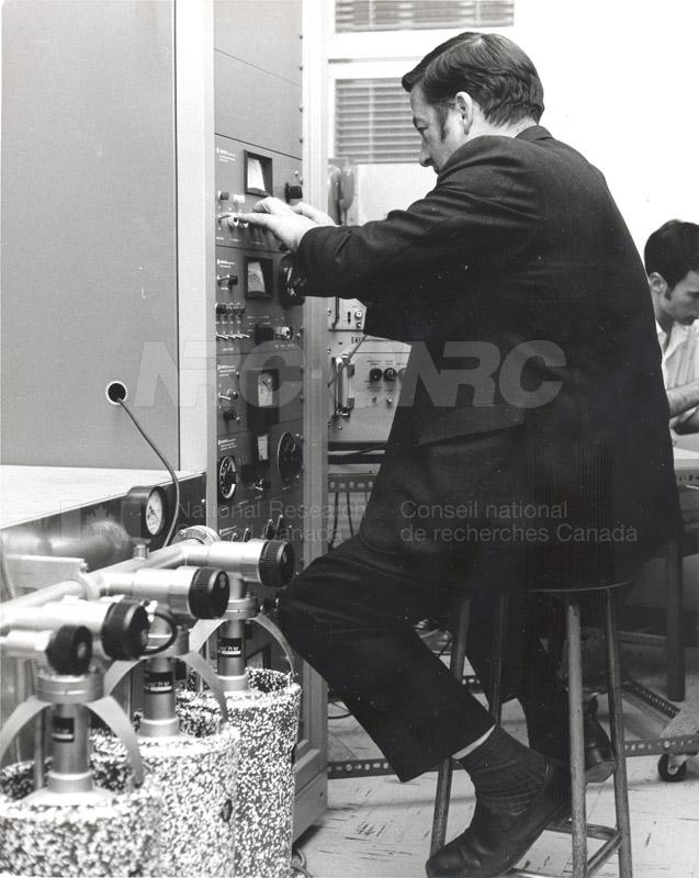 Laval c.1969-72 014