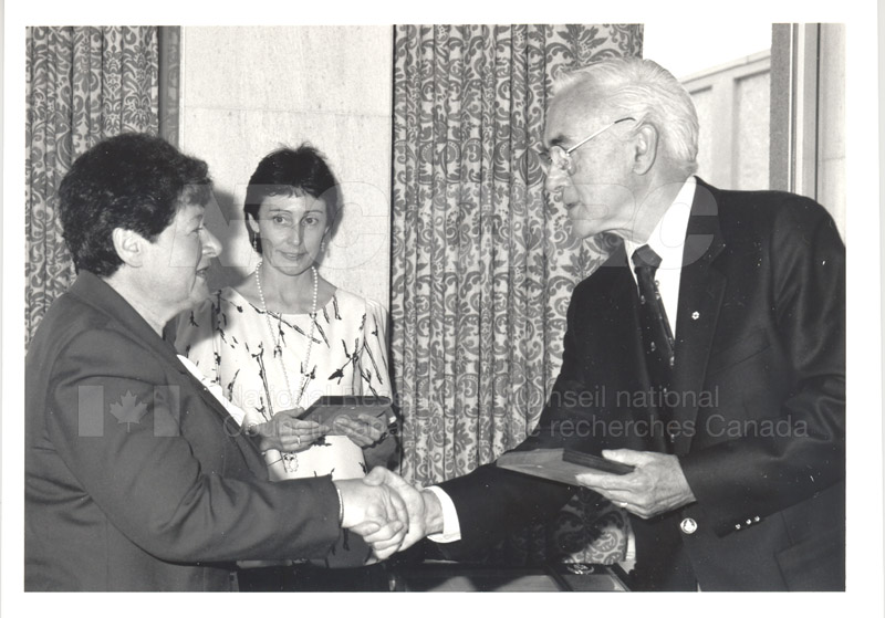 25 Year Service Plaque Presentations May 1985 023