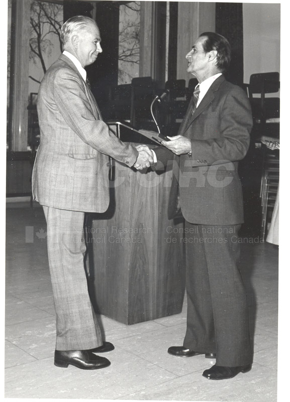 25 Year Service Plaques Presentations 1980 028