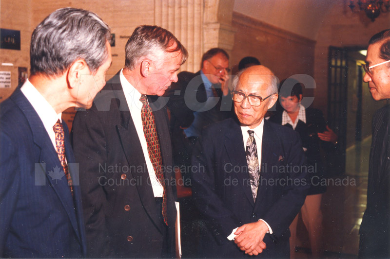 Agreement Signing RIKEN 23 Sept. 1997 004