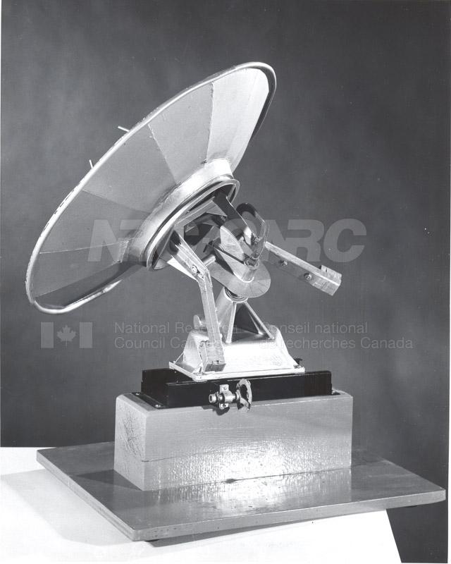 Dish Model 001