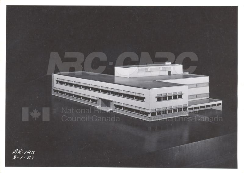Montreal Road Buildings M20 009