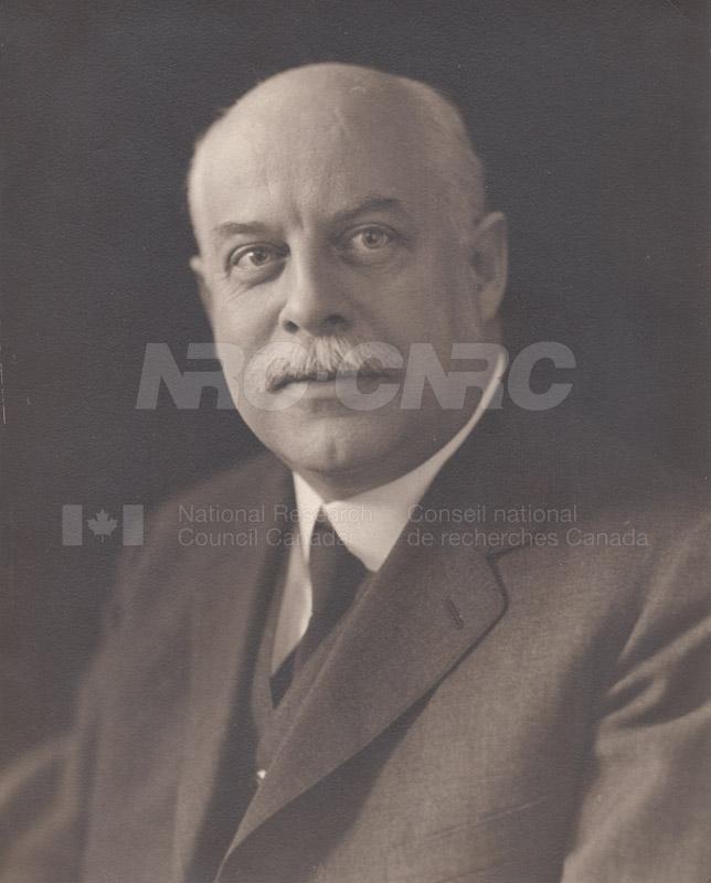 Portraits - American Nat'l Bureau of Standards Directors 1935 003